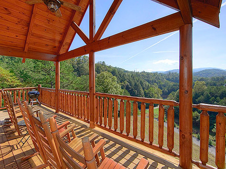 Pine Mountain Cabins Pigeon Forge Pigeon Forge Cabin Mountain Views From Decks