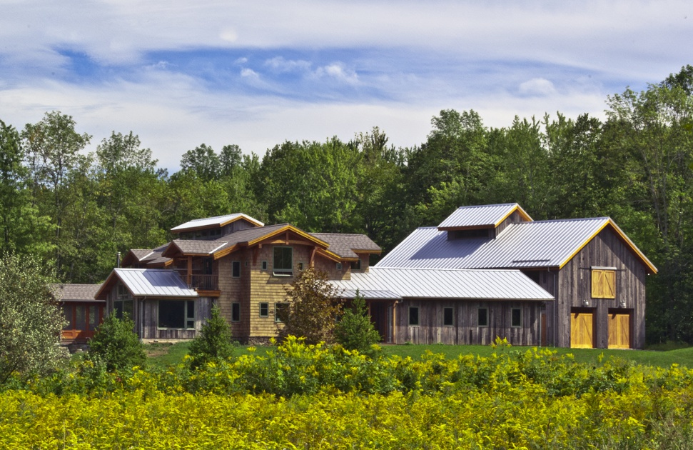 Timber frame barn home exterior barn style timber frame for Ranch style timber frame homes