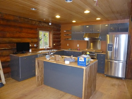 Log Cabin Kitchens and Bathrooms Log Cabin Kitchens with Islands