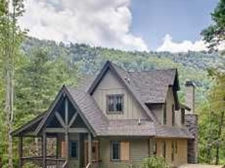 Small cabin floor plans with loft inexpensive small cabin for Small mountain cottage plans