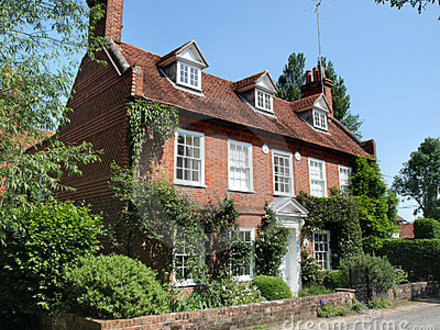Traditional english house old english house traditional for Traditional english home