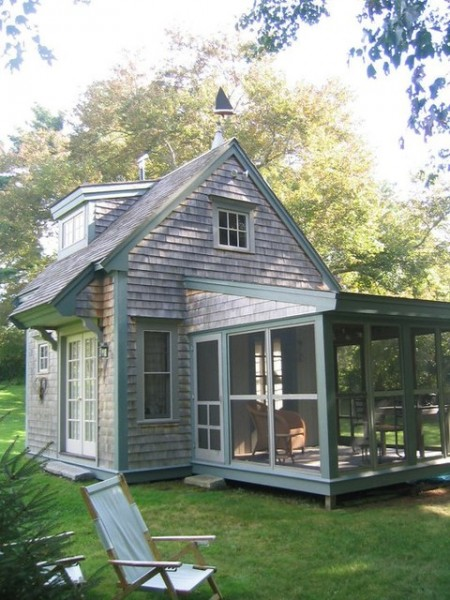 Tiny House with Side Porch Tiny House with Screen Porch