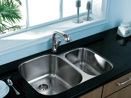 Stainless Steel Kitchen Sinks Pull Out Kitchen Faucet Spray Button