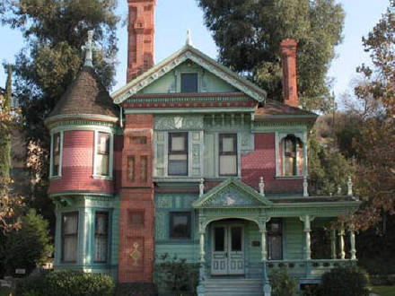 Queen anne victorian house style architecture old for Old style victorian house plans