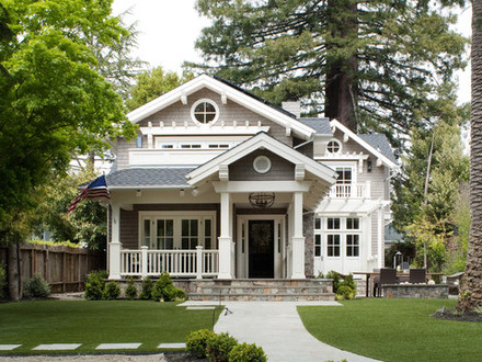 Classic Cottage House Four Square House