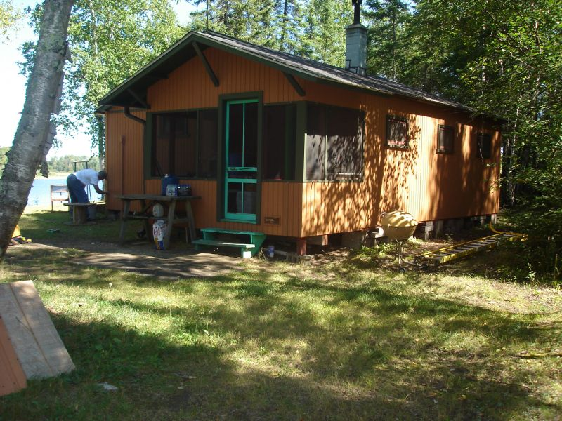 Small cabin kits pictures of small cabins with lofts for Beach cabin kits