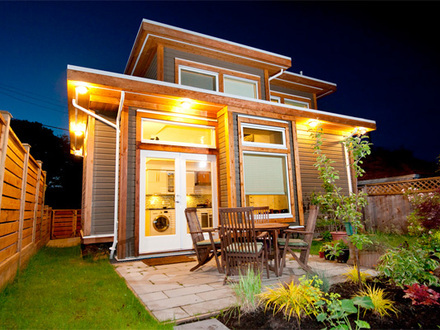 Tiny prefab homes prefab tiny houses affordable houses for Mother in law cottage cost