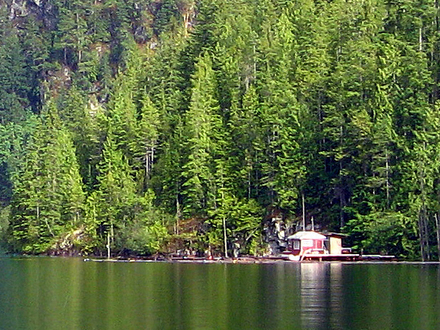 small cabin by the lake small rustic cabins, small lake