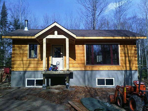 Small log cabins with basement small log cabins 800 for Log cabin basement ideas