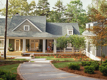 Lakeside cottage southern living cottage living magazine for Homes cottages magazine