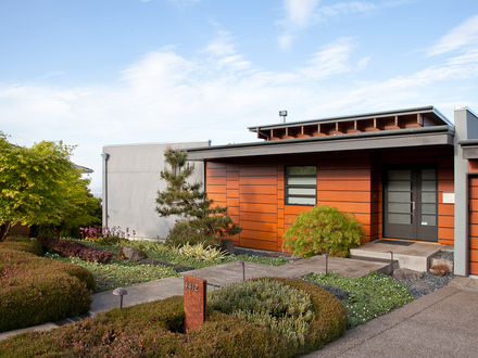 Northwest modern interior design northwest interior design for Pacific northwest houses