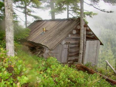 Small hunting cabin plans simple hunting cabin plans for How to build a small shack