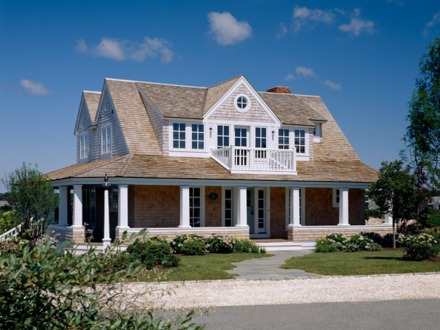 Cottage style homes house plans bungalow style house for Cape cod beach house plans