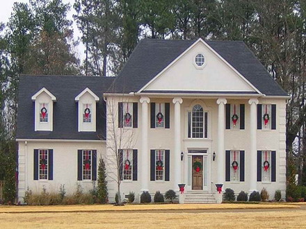 Colonial Style House With Porch Victorian Style House