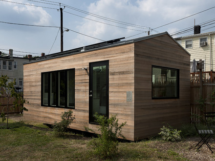 Tiny Studio House Modern Tiny House On Wheels