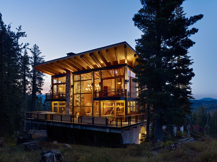 House with Crows Nest With Crows Nest Cabin