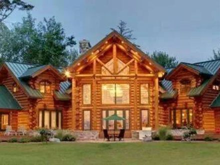 Biggest Luxury Log Home Huge Log Cabin Homes