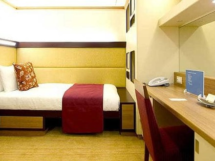 Cruise Ship Single Cabins Cruise Ship Cabin for 4 People Inside