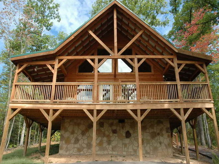 10 most beautiful log homes beautiful log cabin home for Traditional log cabin plans