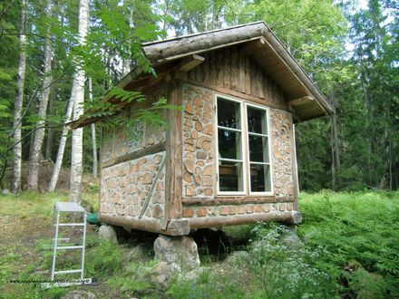 Tiny Log Cabin Homes Pre-Built Log Cabins
