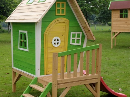 DIY Pallet Kids Playhouse Designs Plans Playhouse Made Out of Pallets