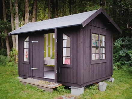 Small Back Yard Shed into a House Small Storage Sheds