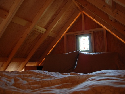 Small Cabin with Sleeping Loft Small Cabins Guest Sleeping Quarters