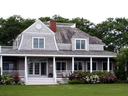 Cape Cod Style House with Porch Georgian Style House