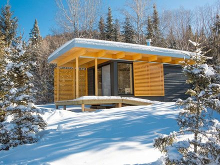 Chalet EXP, a modern 320 sq ft studio cabin for vacation rentals in a Modern Luxury Ski Chalets