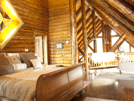 Small Cabins with Lofts Log Home with Loft Bedroom