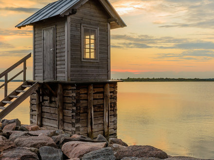 You Can Build This with Wooden Blocks Homes You Can Build Yourself For Under $30,000 Best DIY Tiny Homes
