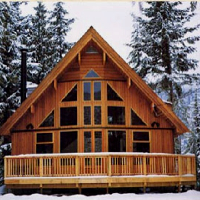 Craftsman Houseplans: Decorating A Chalet Style Home Chalet Style Home, Chalet