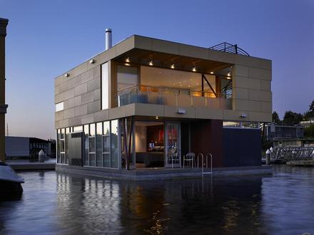 Floating Home Manufacturers in USA Modern Floating Home