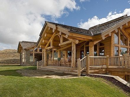 Log lodges style log ranch homecabin ranch style log for Log cabin ranch style homes