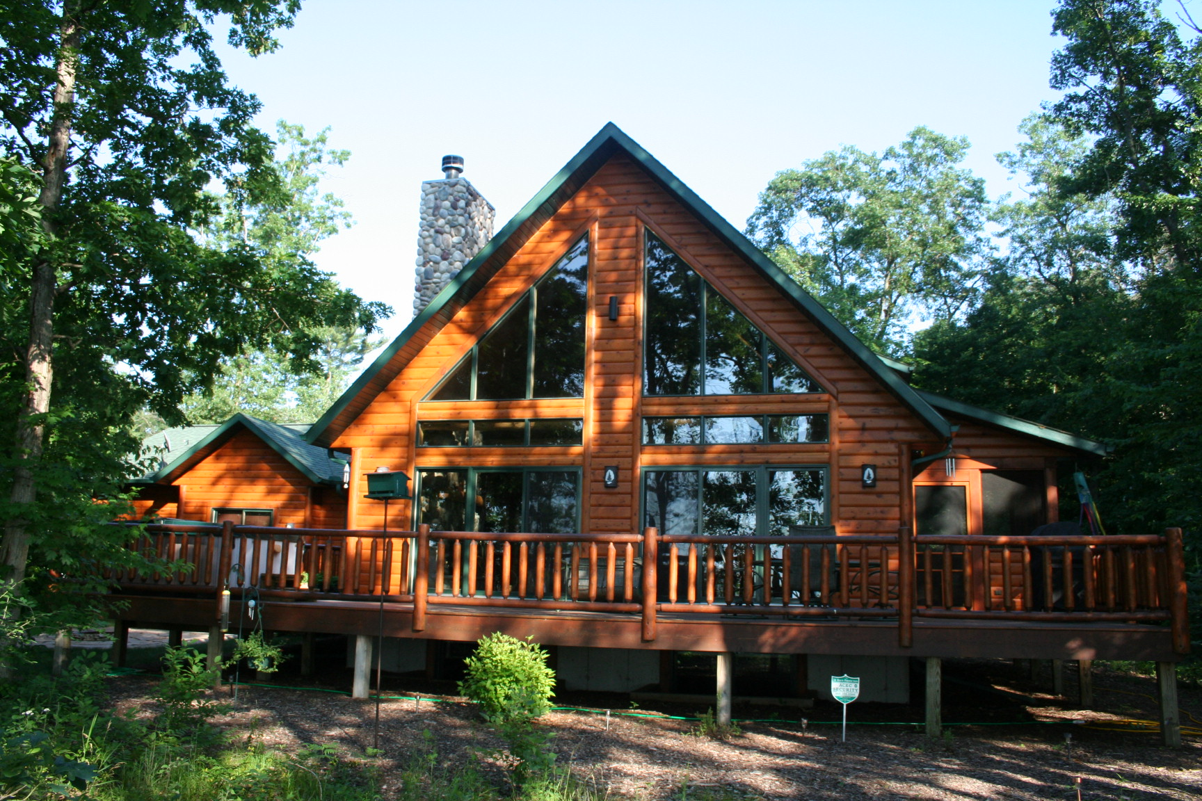 Wisconsin log homes for sale custom log homes log house for Unique log homes