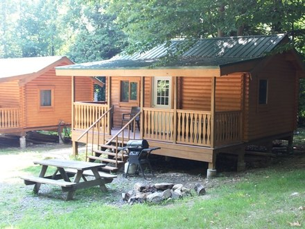 Small rustics log cabins plan hunting cabin plans one bedroom log cabins for One bedroom cabins in smoky mountains