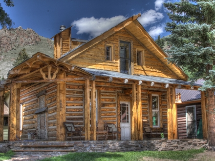 Cozy Little Log Cabin Affordable Log Cabin Packages