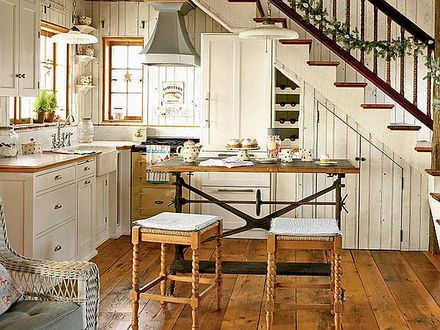 Old Country Cottage Small Kitchens Small Country Cottage Kitchen Ideas