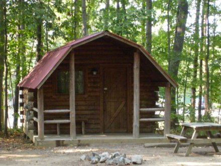 Small One Room Cabins Rustic One Room Cabin