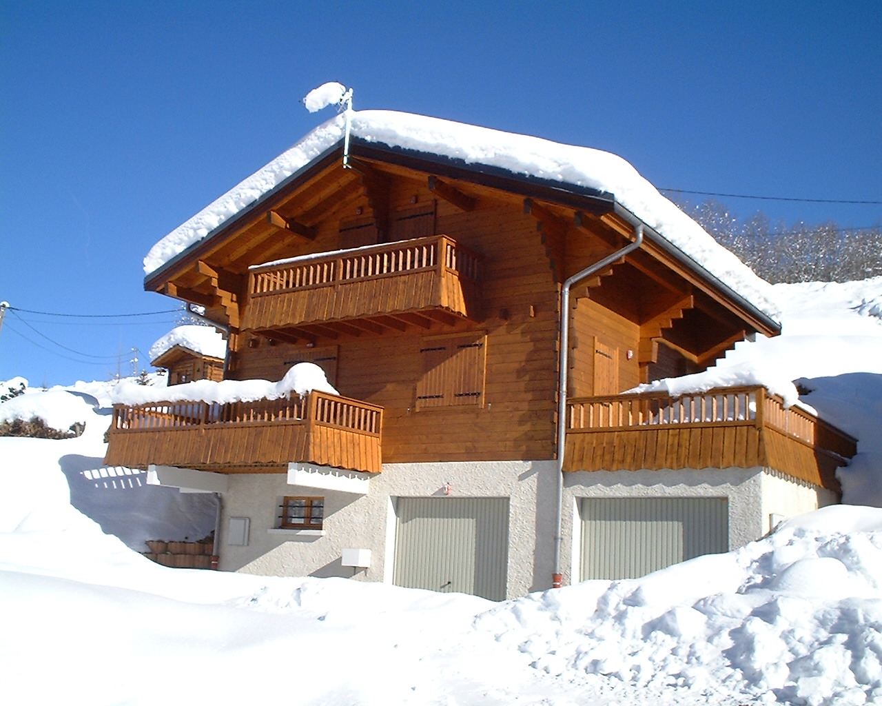 Winter ski chalets house plans cabin home plans style home for Winter cabin plans