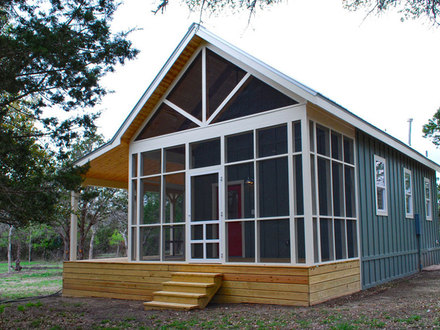 Inside Tiny Cabins and Houses Modern Cabin Tiny House Swoon