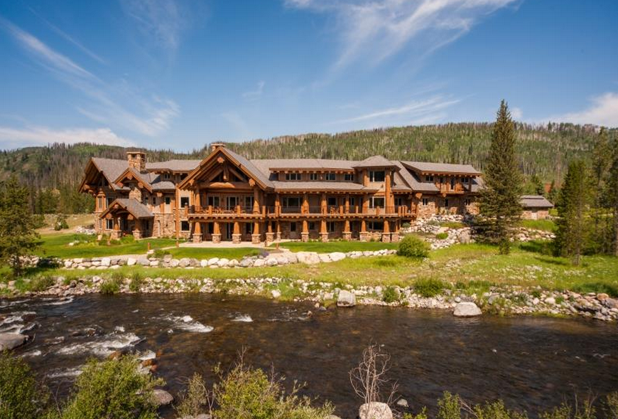 5bc3ae194d83763e Log Mansion Million Dollar Log Cabins Mansions on small mediterranean floor plan
