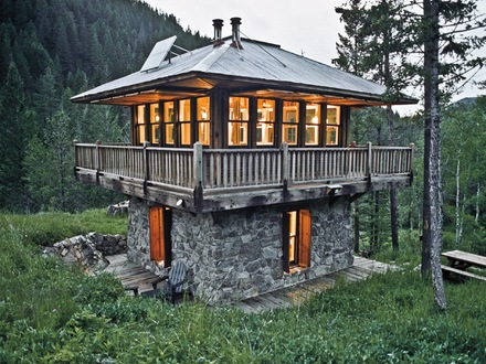 Tiny Hobbit House in Montana Montana Tiny House