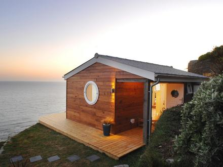 Small Cottage House Plans with Porches Cottage Small Houses On the Beach
