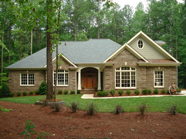 Country style brick homes brick home ranch style house for Brick country house plans