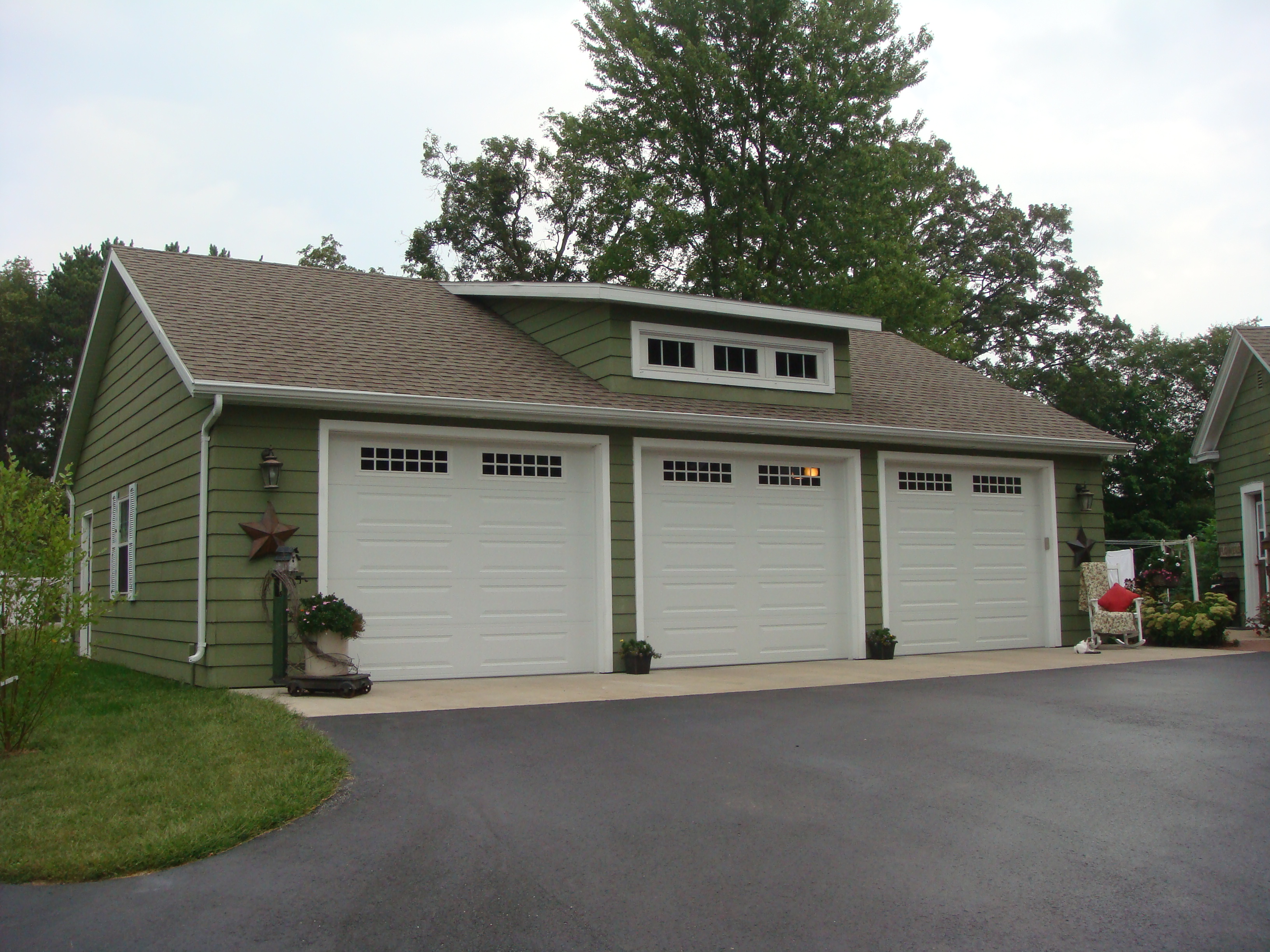 3 car garage with loft www car garages log garages with for One car garage kit with loft