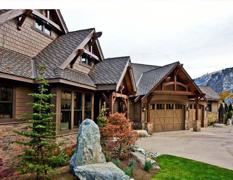 Craftsman style timber frame house plans timber frame barn for Ranch style timber frame homes