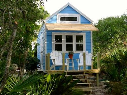 Beach Cottage Tiny House On Wheels Tiny House Home