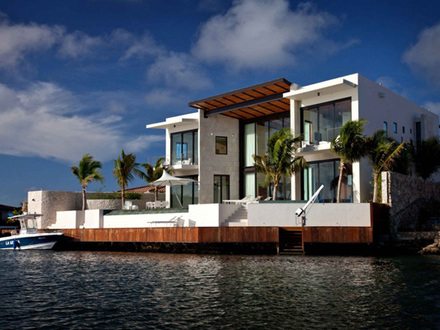 Beautiful Homes Waterfront Home Designs
