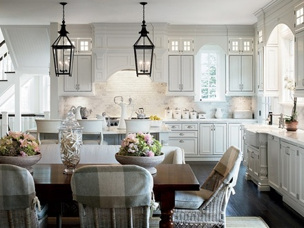 White Hampton Style Kitchen Hampton Style Interior Design